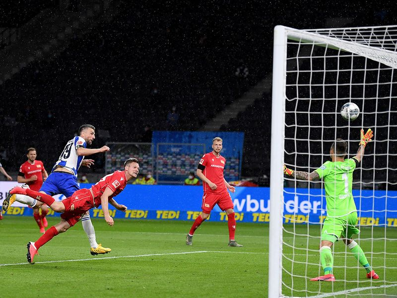 Vedad Ibisevic scores Hertha's opening goal against Union Berlin