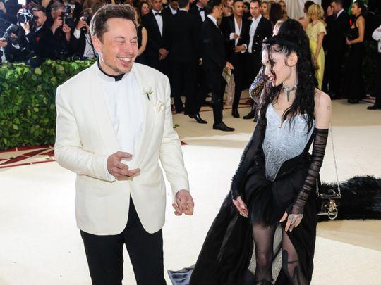 tab 200526 Elon Musk and Grimes-1590474346995
