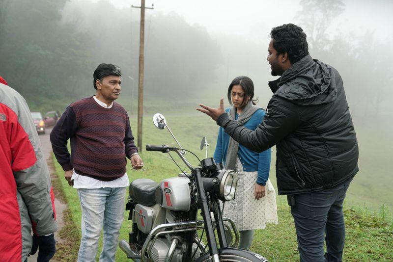 TAB 200517 Director Fredrick with Bhagyaraj and Jyothika-1590558747740