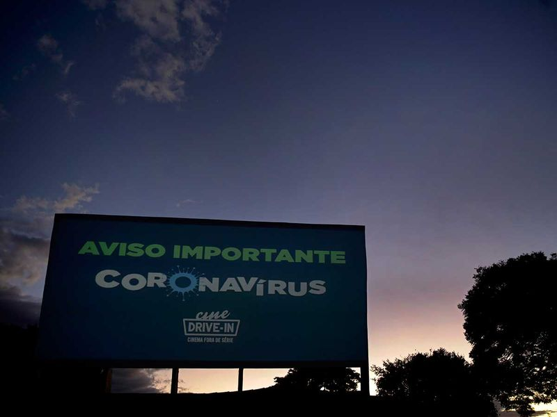 Copy-of-Virus_Outbreak_Brazil_-_Drive-in_Photo_Gallery_24092