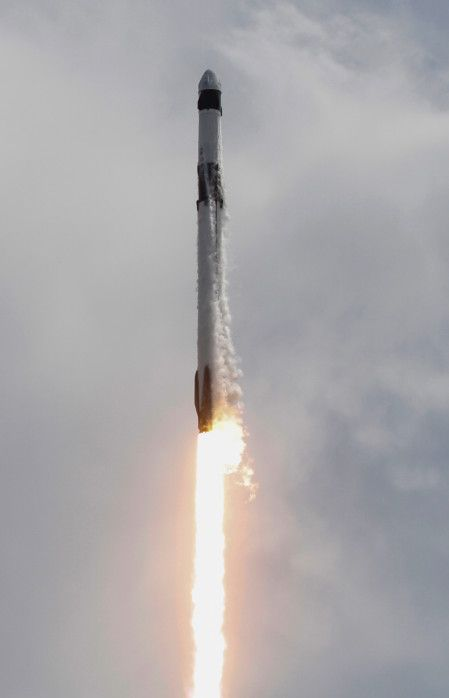 Copy of 2020-05-31T010258Z_737208903_RC2DZG93CLVV_RTRMADP_3_SPACE-EXPLORATION-SPACEX-LAUNCH-1590899085159