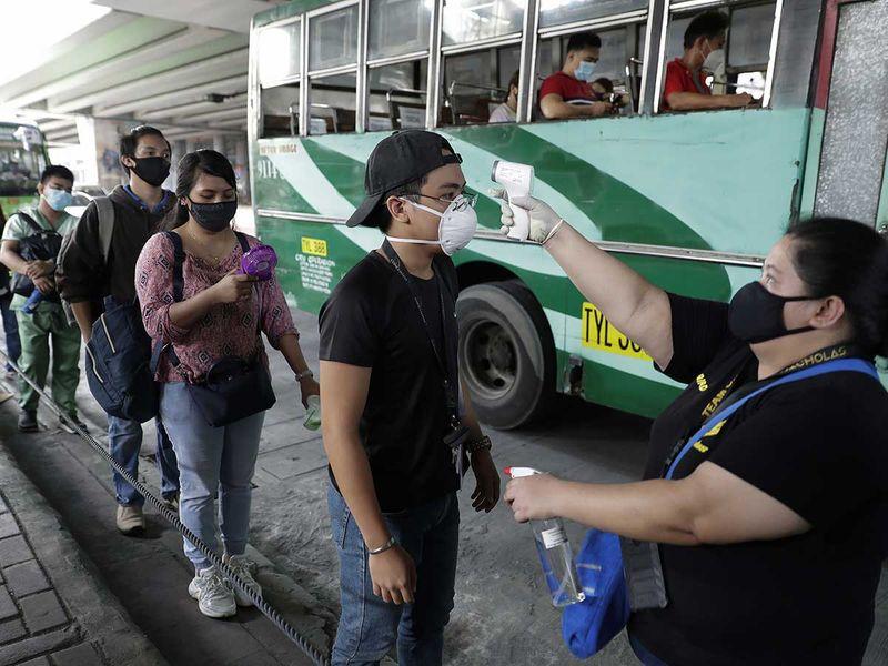 20200601 manila commuters