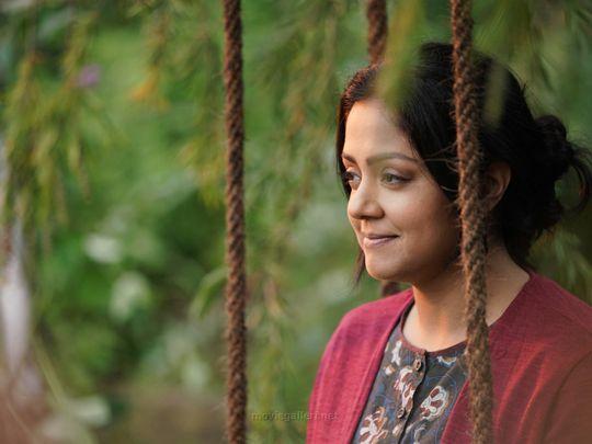 Ponmagal-Vanthal-Movie-Actress-Jyothika-Images-HD-1591102142608