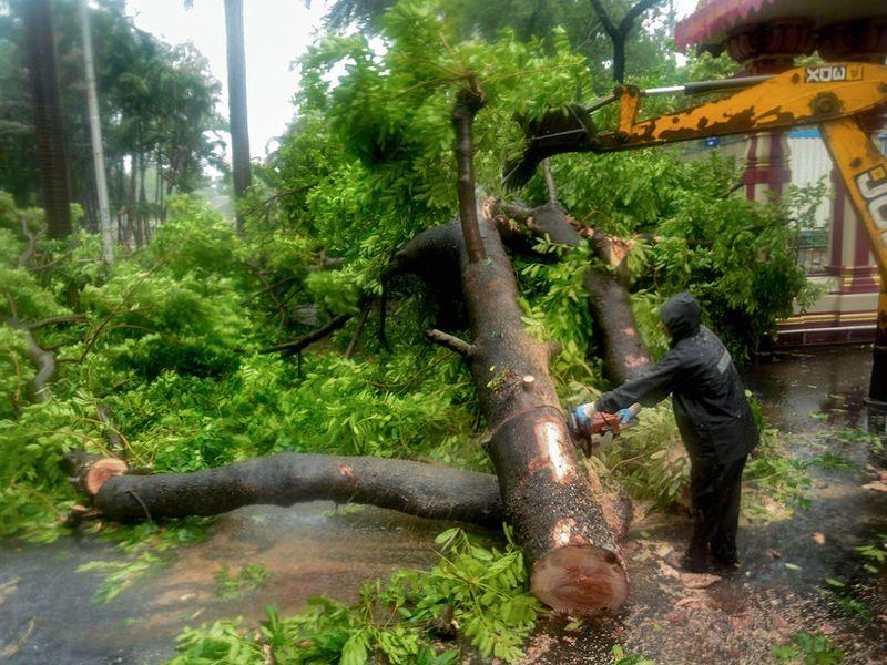 Mumbai cyclone