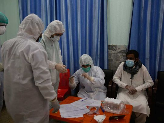 Pakistan health officials