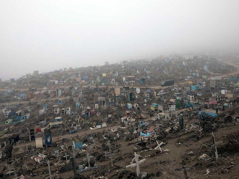 Peru_Cemetery