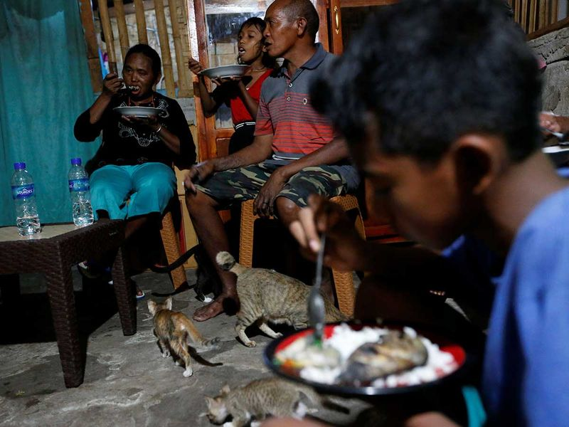 2020-06-02T230300Z_1119397090_RC2B1H9A83VO_RTRMADP_3_CLIMATE-CHANGE-INDONESIA-SUMBA-(Read-Only)