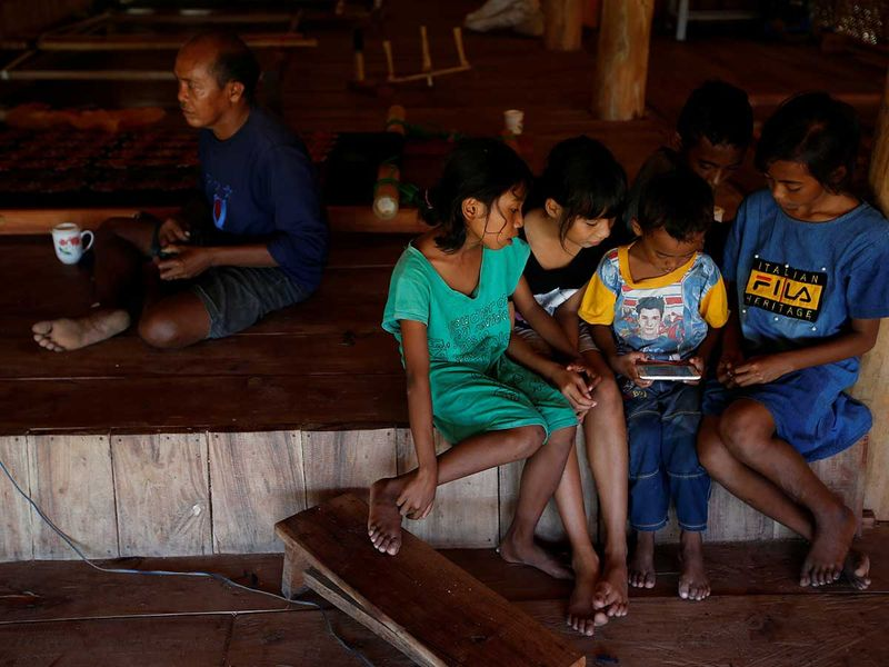 2020-06-02T230316Z_875852889_RC2B1H9L7Z31_RTRMADP_3_CLIMATE-CHANGE-INDONESIA-SUMBA-(Read-Only)
