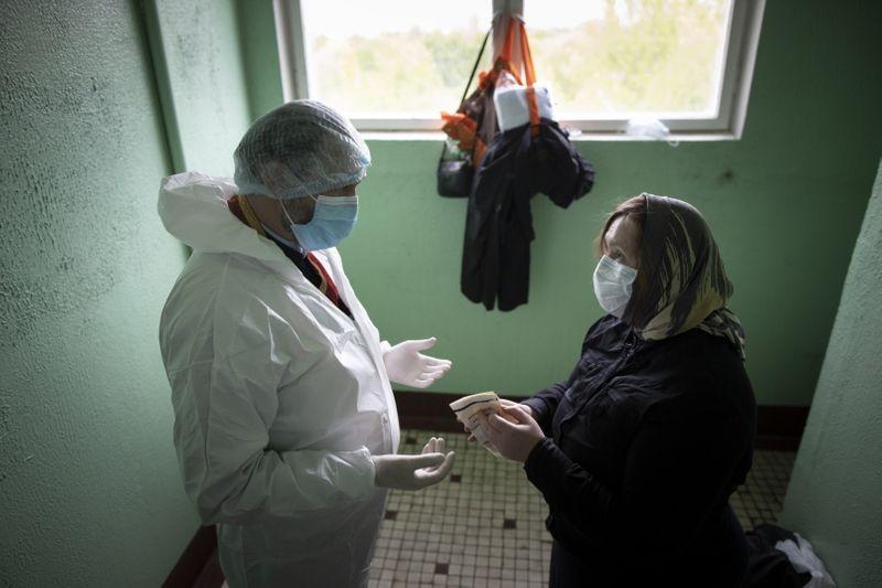 Copy of Virus_Outbreak_Russia_Priest_26432.jpg-044a6~1-1591433150465