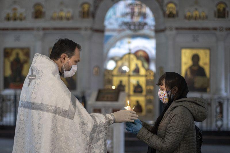 Copy of Virus_Outbreak_Russia_Priest_33863.jpg-ed432~1-1591433110850