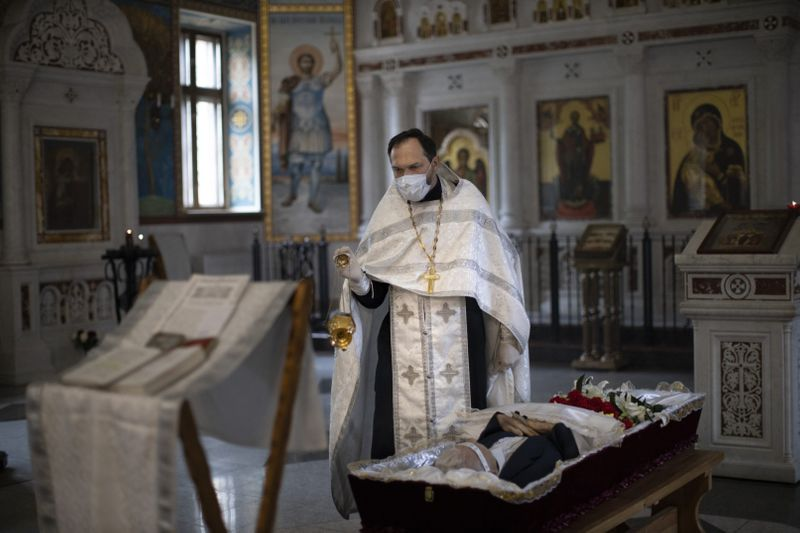 Copy of Virus_Outbreak_Russia_Priest_41724.jpg-1c731~1-1591433118440