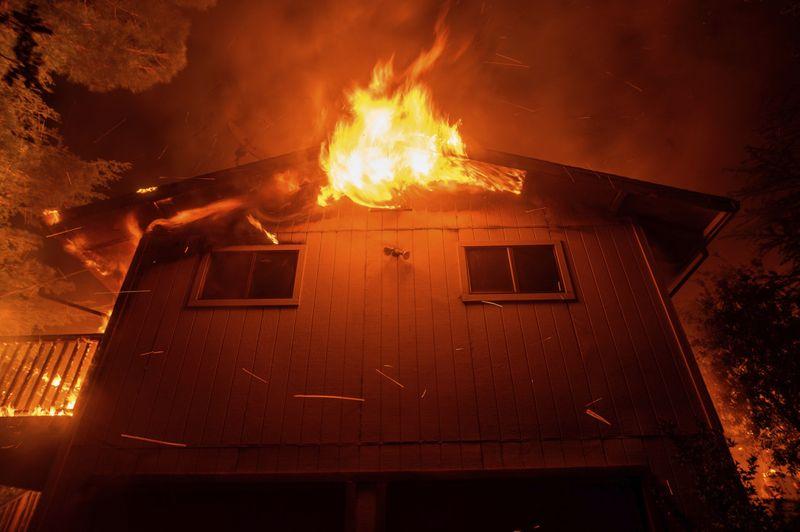 Copy of California_Wildfires_73045.jpg-3f73b~1-1591697873121