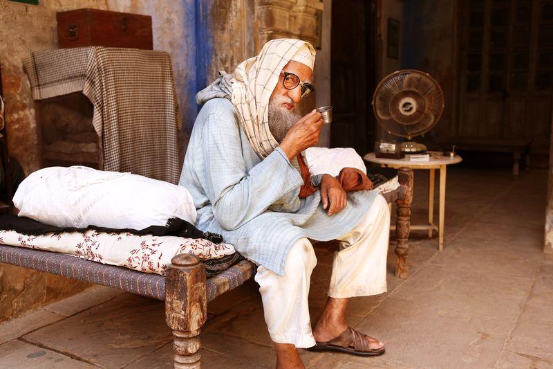 Amitabh Bachchan in Gulabo Sitabo