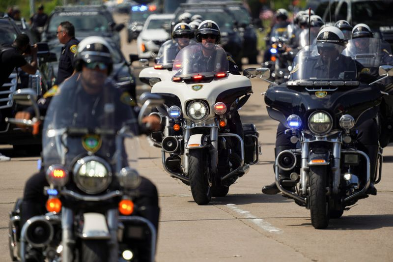 Copy of 2020-06-09T233243Z_875922057_RC2Z5H9AH58Q_RTRMADP_3_MINNEAPOLIS-POLICE-FUNERAL-1591764640714