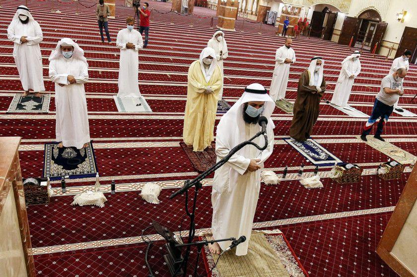 COVID-19: Mosques reopen in Kuwait amid jubilation | Kuwait – Gulf ...
