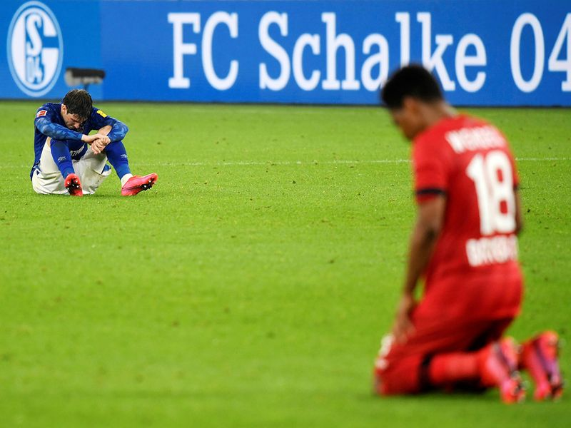 Schalke and Bayer Leverkusen played out a 1-1 draw that helped neither team.