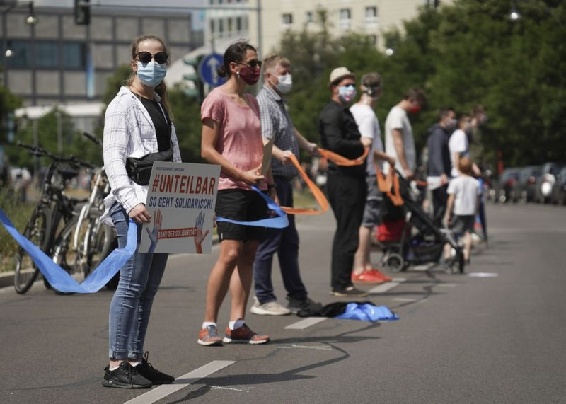 Copy of Germany_Protest_61239.jpg-d2080-1592195137070