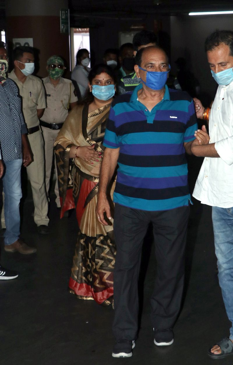 Sushant Singh Rajput's father at the funeral