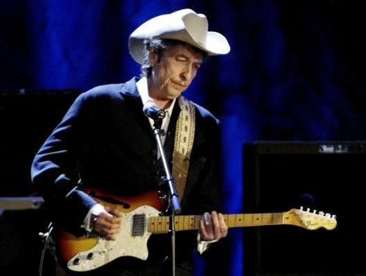 TAB 200615 Bob Dylan2-1592225814659