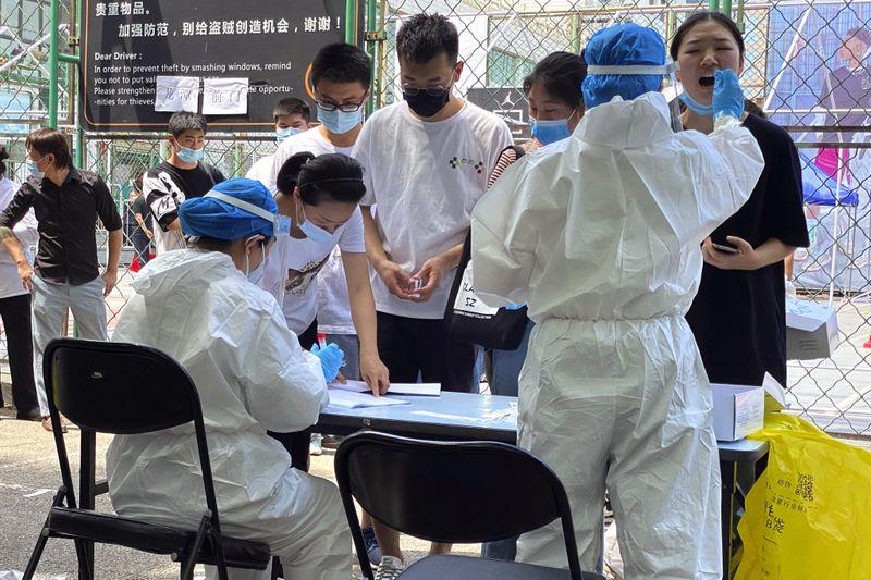 Copy of Virus_Outbreak_China_45210.jpg-57d39-1592378723551