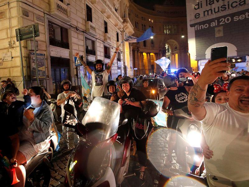 Juventus lose to Napoli in Coppa Italia final.