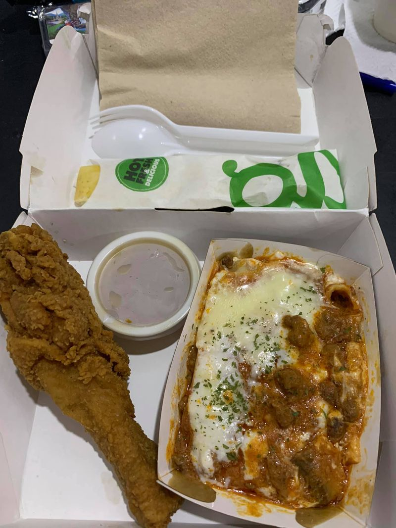 Lalaine Ortiz Lacerna fast food delivery