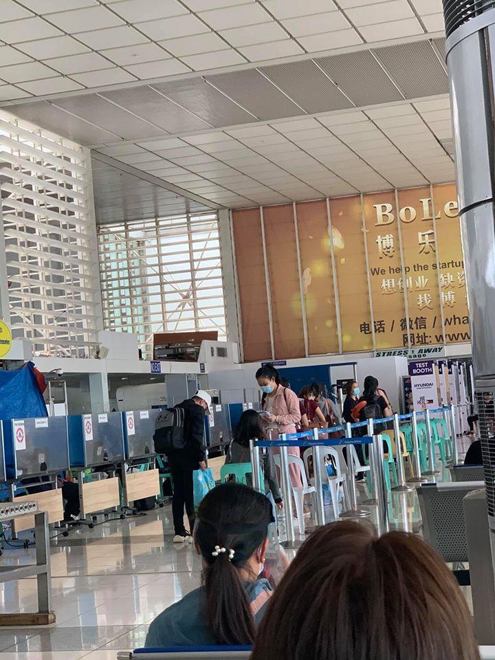 Manila airport PRIORITY LANE: