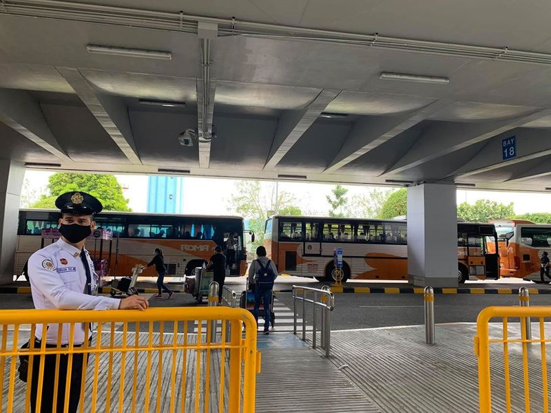Philippine airport buses