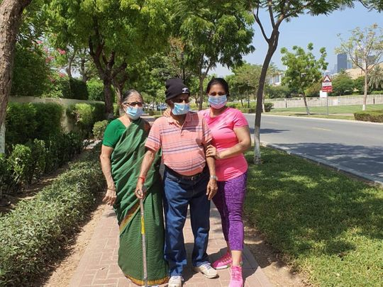 Veenu Mony with her parents