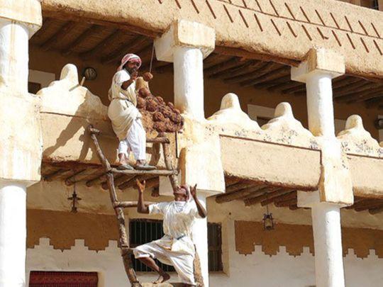 Saudi youths revive mud-building heritage