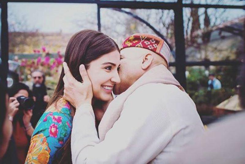 Anushka Sharma with her father