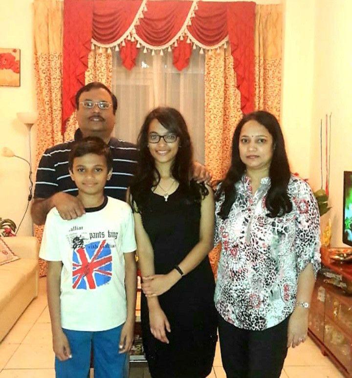 NAT 200617 Padma Nataraj with her daughter Aishwarya who is keen to appear in the NEET exam-1592723426054