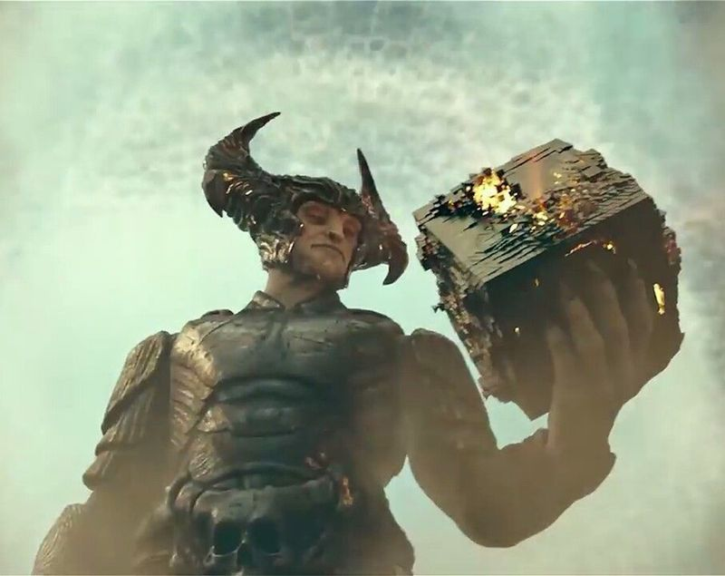 Steppenwolf with the Mother Box in 'Justice League'