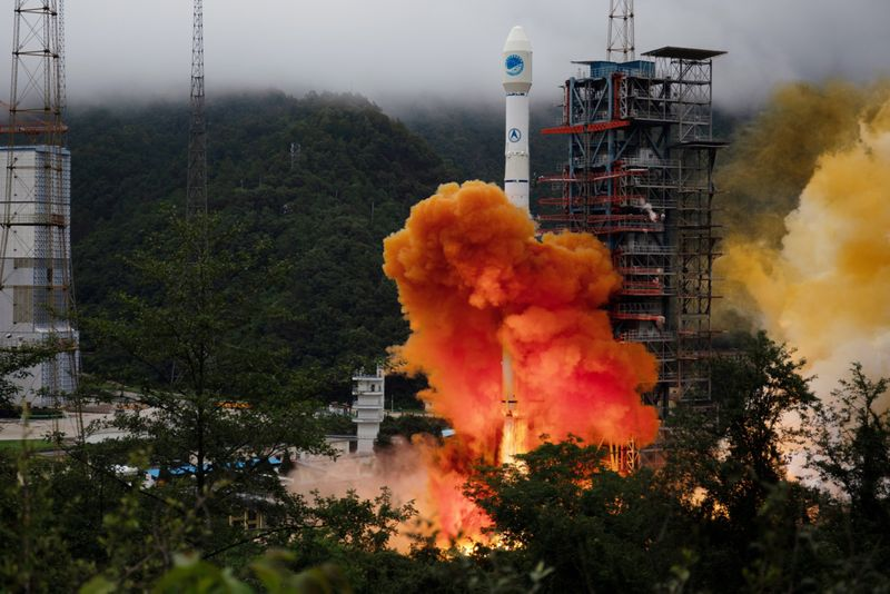Copy of 2020-06-23T033336Z_2039789250_RC2REH98AOOB_RTRMADP_3_SPACE-EXPLORATION-CHINA-SATELLITE-1592887385183