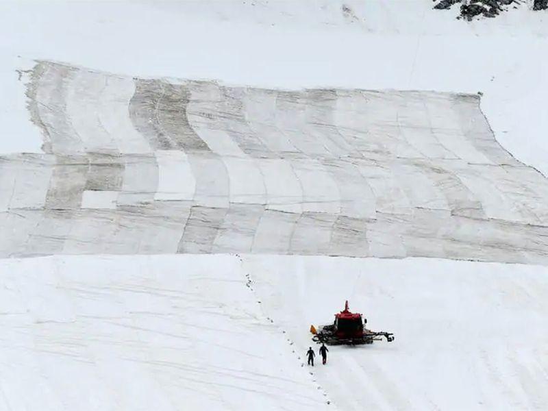 the Presena glacier