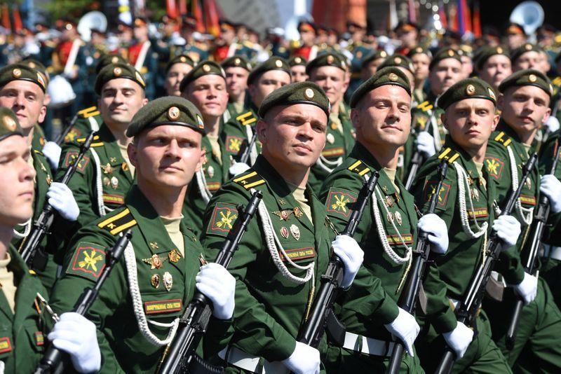 Copy of 2020-06-24T081342Z_1442000706_RC2KFH97XS6X_RTRMADP_3_WW2-ANNIVERSARY-RUSSIA-PARADE-1592996625854