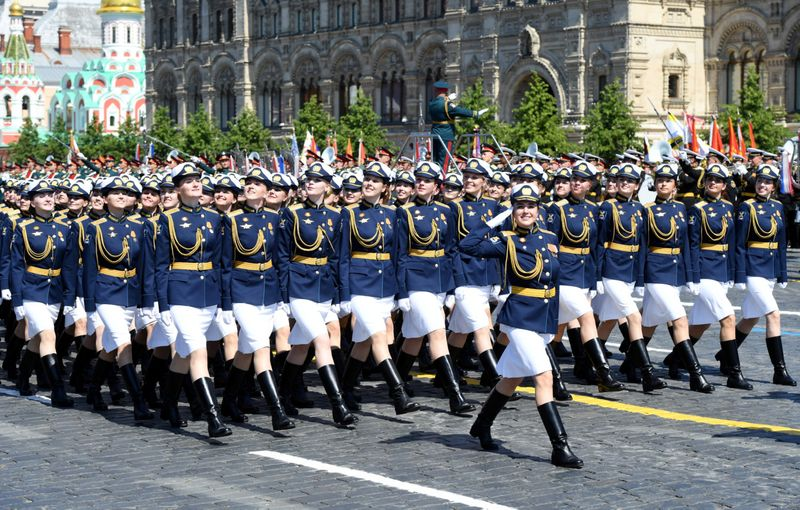 Copy of 2020-06-24T082106Z_1578288874_RC2KFH93UP1S_RTRMADP_3_WW2-ANNIVERSARY-RUSSIA-PARADE-1592996636488