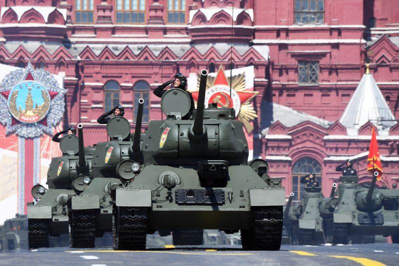 Copy of 2020-06-24T085340Z_1995454277_RC2KFH9JHPUM_RTRMADP_3_WW2-ANNIVERSARY-RUSSIA-PARADE-1592996649131
