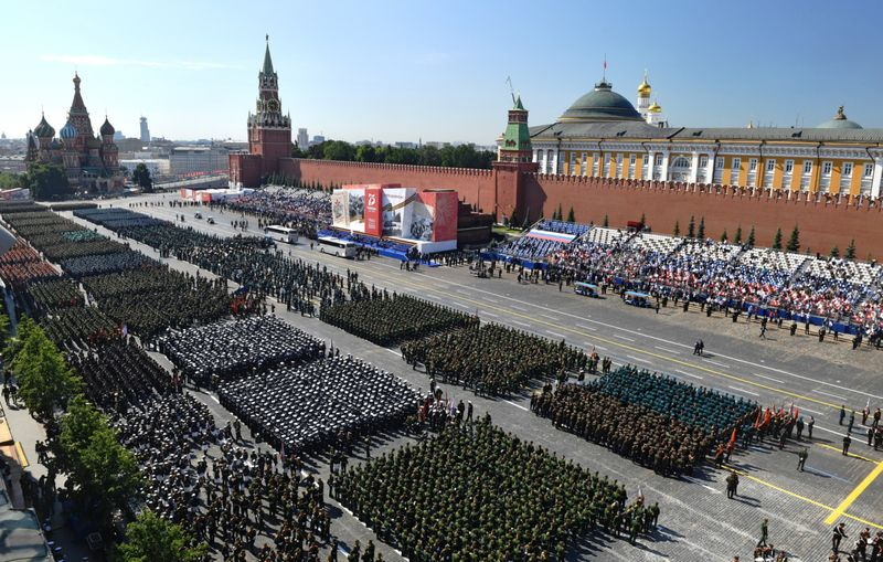 Copy of Russia_Red_Square_Parade_86932.jpg-9395c-1592996661995