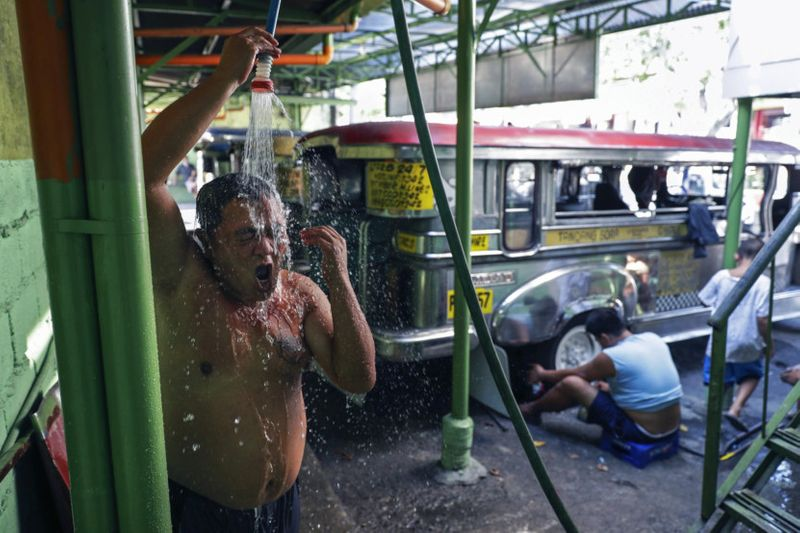 Copy of Virus_Outbreak_Philippines_Jeepney_Photo_Gallery_93574.jpg-a79d0-1592987150397