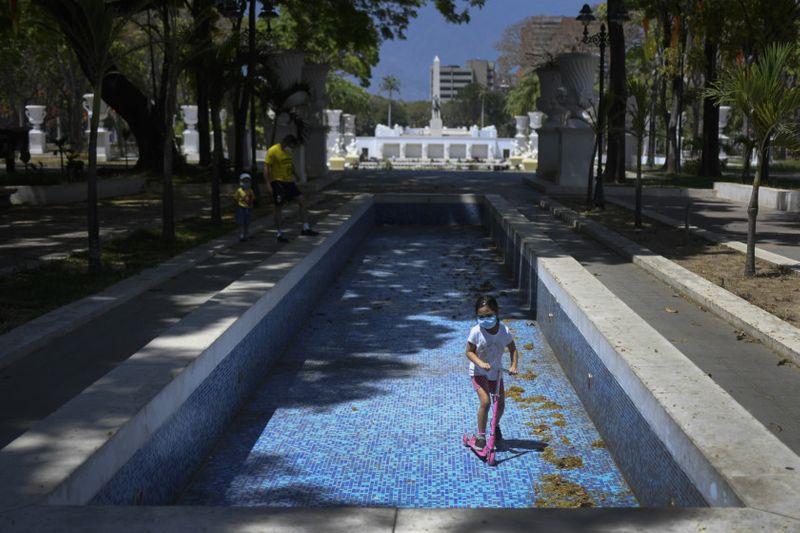 Copy of Venezuela_Water_Shortage_12336.jpg-fe11d~1-1593249417372