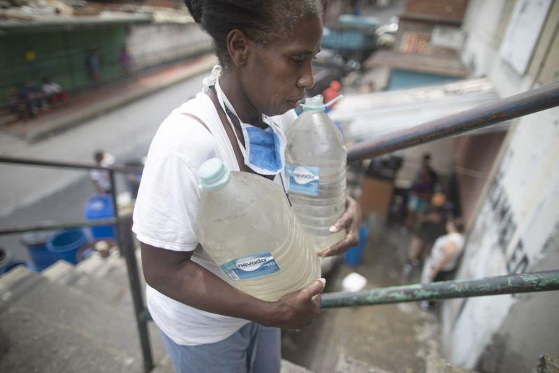 Copy of Venezuela_Water_Shortage_66187.jpg-836ff-1593249360220