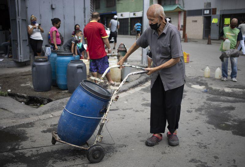 Copy of Venezuela_Water_Shortage_99386.jpg-c9e2f~1-1593249399872