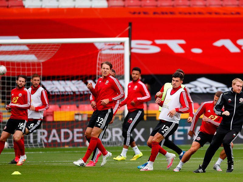 Sheffield United warm up