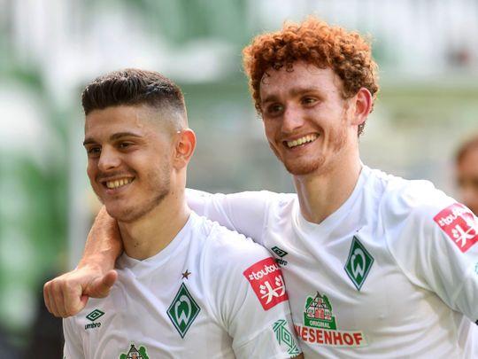Werder's Josh Sargent and Milot Rashica celebrate
