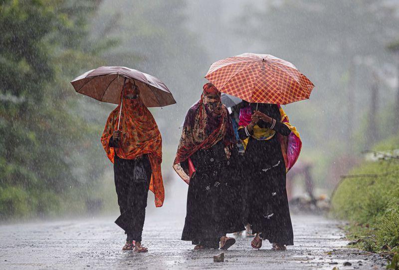 Copy of India_Monsoon_Floods_56095.jpg-35119-1593433558207