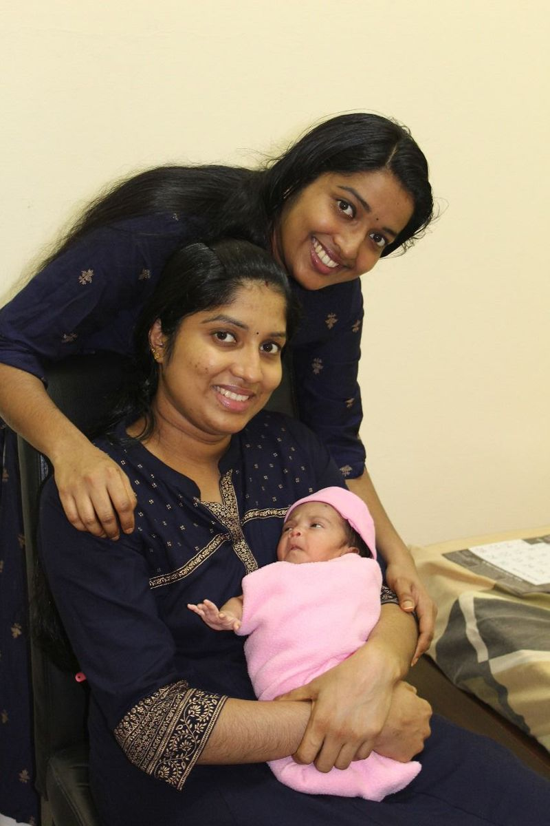 Jincy Antony with her sister and Baby Angeline 2-1593507933341