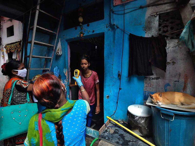 Health worker Dharavi Mumbai slum
