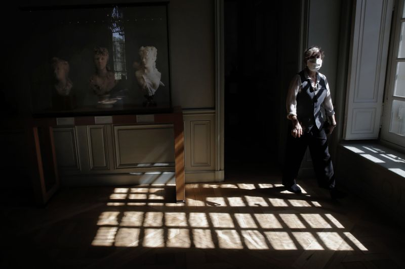 Copy of Virus_Outbreak_France_Rodin_Museum_Reopens_81618.jpg-2cf65-1594205752646