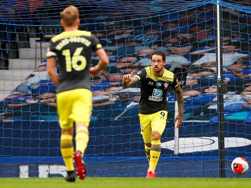 Southampton's Danny Ings celebrates scoring against Everton